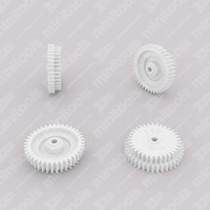 Ingranaggio (39 denti esterni - 34 interni) per contachilometri Mercedes R107